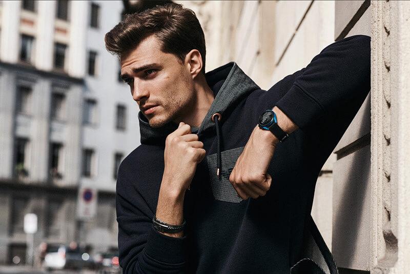 armani-smartwatch3-6