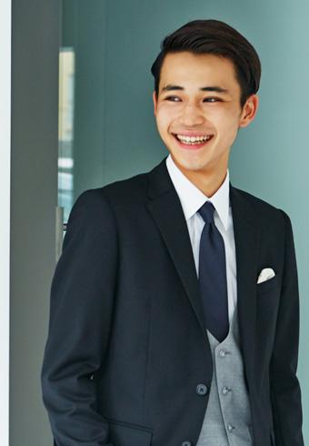 中田圭祐「同窓会用のスーツをオーダーメイドで作りました!」 | ホットトピックス