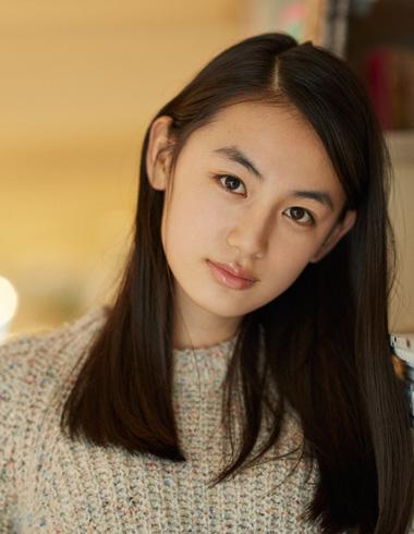 ブレイク必至!15歳の美少女、八木莉可子さん | ホットトピックス