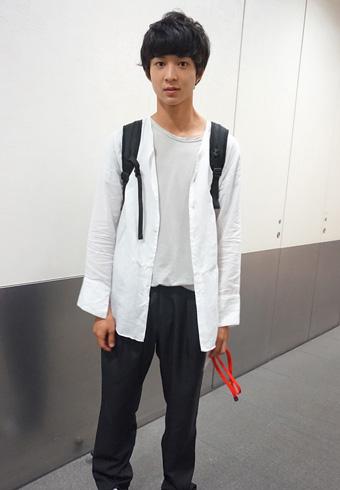 鈴木 仁「モデルの私服コーナーに2回目の登場です!」_ホットトピックス