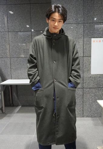 中川大輔「東京の寒さがつらくて買ったコートが、これ!」_ホットトピックス