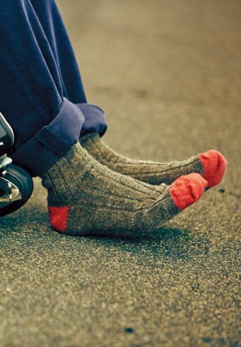 デートで女子はキミの靴下をチェックしている!_ホットトピックス