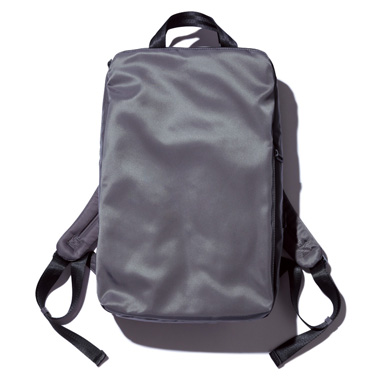 PCがすっぽり入るおしゃれなバッグ5選_SPECIAL