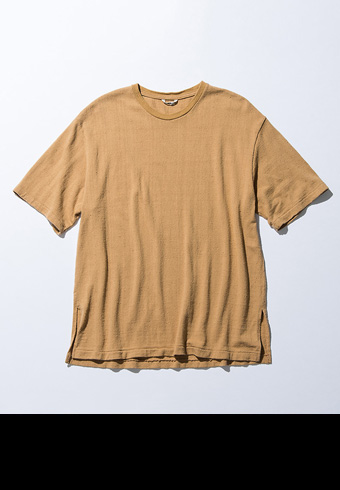 一枚でもサマになる!おすすめの無地Tシャツ5枚_ホットトピックス