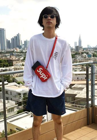 成田 凌「あのスーパーコラボのバッグを僕もゲットしました!」_ホットトピックス