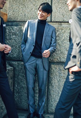 結婚式の二次会はスーツをこんなふうにアレンジしてみよう_ホットトピックス