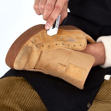 スニーカーと革靴が蘇るお手入れマニュアル完全版_SPECIAL