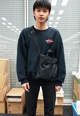 中田圭祐「斜めがけバッグはヘルムート ラングです!」_ホットトピックス