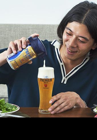 """髙橋義明が注ぐビールが""""神泡""""でおいしくなる理由は?_ホットトピックス"""