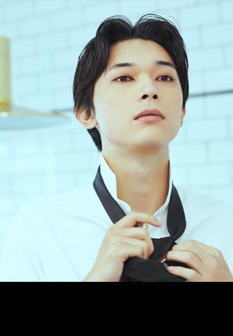 俳優・吉沢 亮さんが特別なデートに選ぶ服、ヘア、香りは…_ホットトピックス