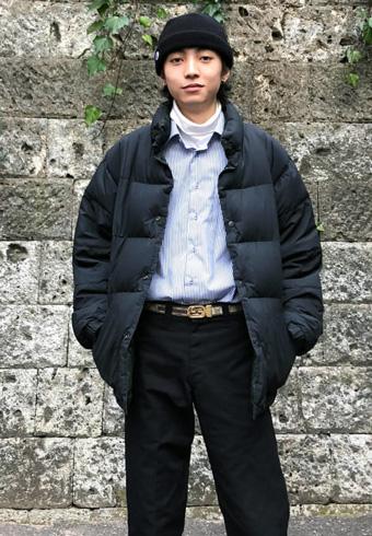 岸本ルーク「きっちりしすぎないシャツのカジュアルダウン!」_ホットトピックス