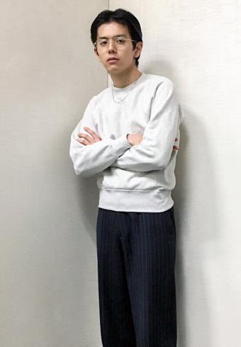 井上翔太「スウェットはユニクロで、珍しく柄アイテムも!」_ホットトピックス