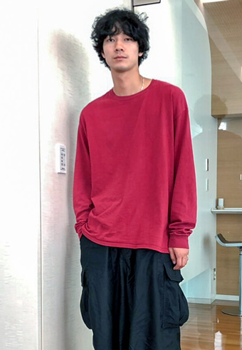 清原 翔「ロンTとワイドパンツのスタイルがちょうどいい!」_ホットトピックス