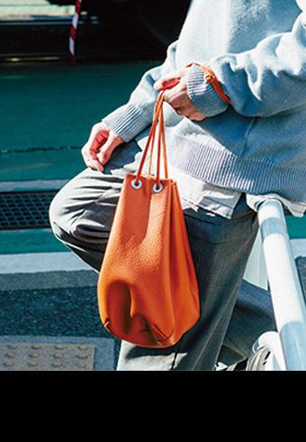 トレンドのミニバッグは巾着タイプがおすすめ!_ホットトピックス