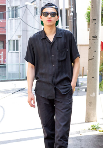 中田圭祐「ほのかにドレス感のある、オールブラック!」_ホットトピックス