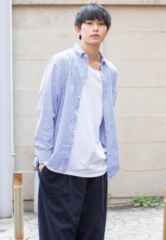 坂田秀晃「シュプリームのロゴで実はトリコロール!笑」_ホットトピックス