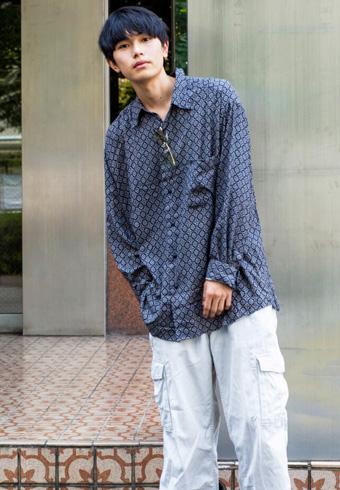 坂田秀晃「僕にしては、強めなアイテムのコーディネート」_ホットトピックス
