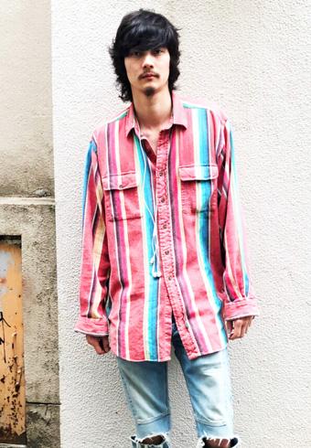 栁 俊太郎「素肌にシャツ。がこの季節の僕の気分ですね」_ホットトピックス
