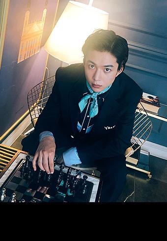鈴木 仁の韓国ロケ今週もオフショットを公開中!_ホットトピックス