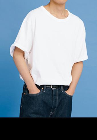 Tシャツのタックインがおしゃれに見える方法_ホットトピックス