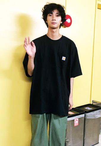 清原 翔「黒T+カーゴパンツのいつものコーディネート」_ホットトピックス
