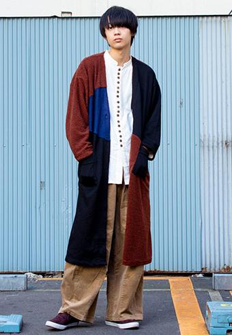 水沢林太郎「茶色ベースのロングアウターがお気に入り!」_ホットトピックス