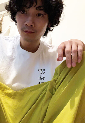"清原翔の""喫茶店""Tシャツって?モデルのTシャツ&涼パンSNAP_ホットトピックス"